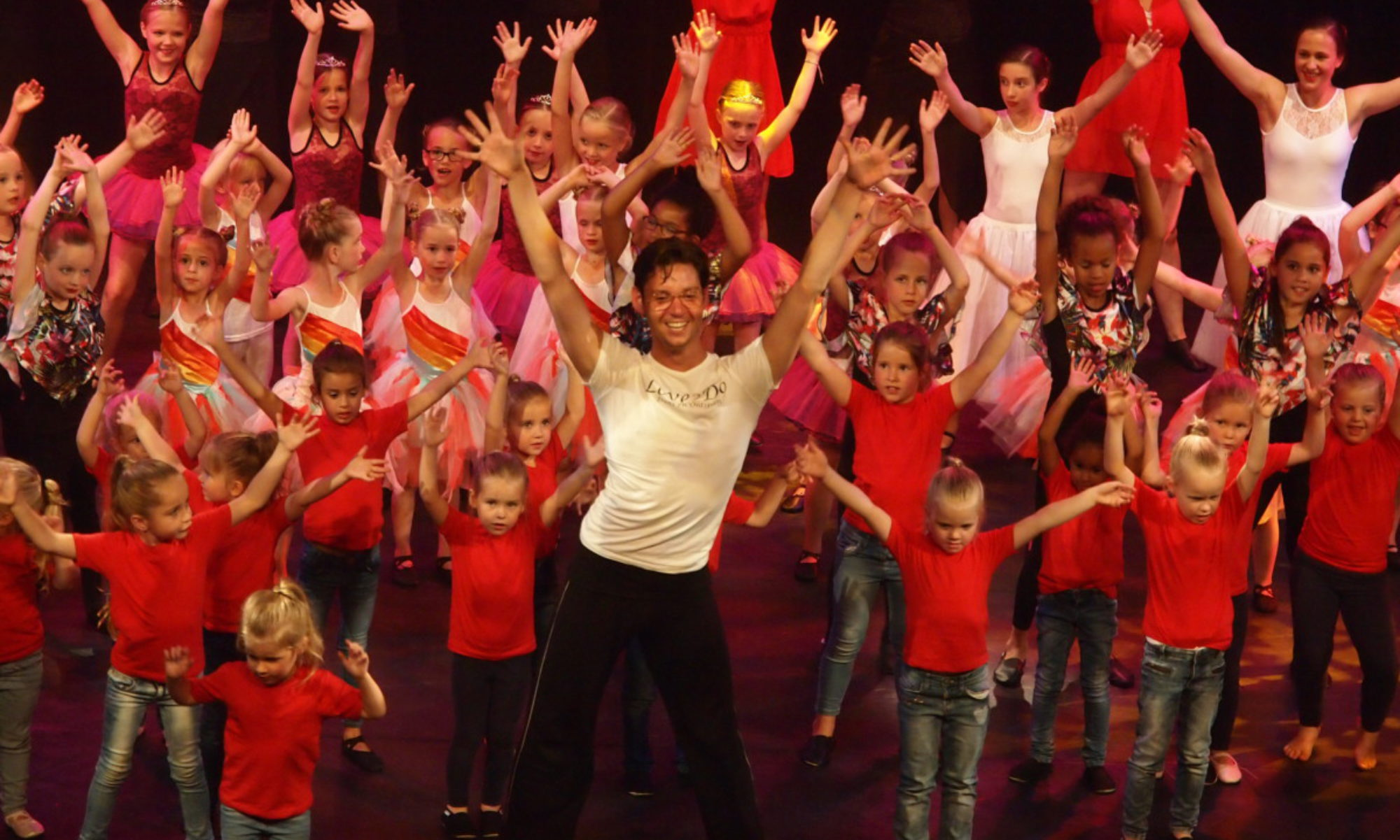 Dansschool Love2Do - De dansschool voor iedereen